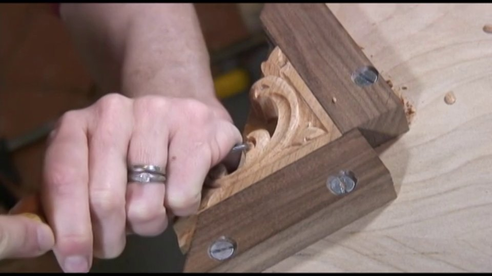 Carving a Chippendale Styled Acanthus Leaf Bracket - Introduction