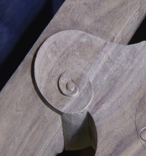 """Carving a Scroll on the """"Angry Swan"""" Chair - Introduction"""